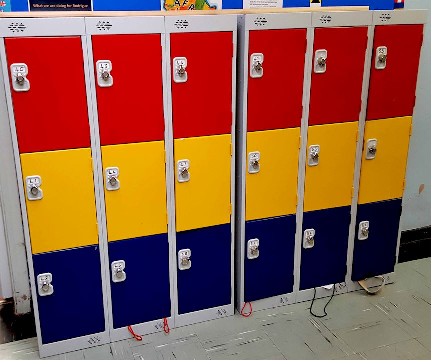 1372H Lockers - Barkston Ash Primary School