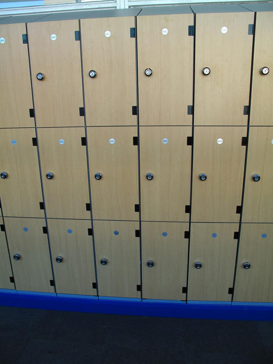 Wood Effect Laminate Lockers