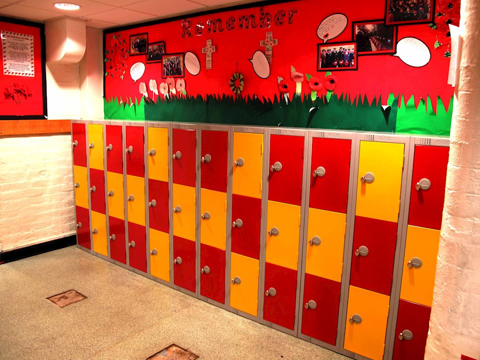 Primary School Lockers at Paddock School